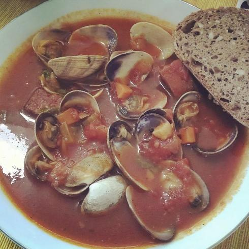 Last night's dinner was clams in Nana's red sauce.  Divine.